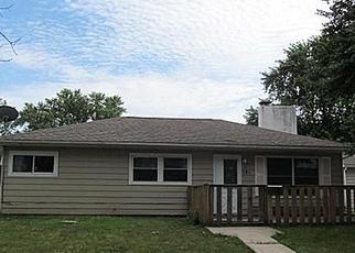Casa en ejecución hipotecaria in Waterloo, IA, 50702,  PATTON AVE ID: A1662532