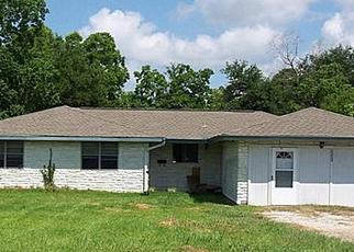 Casa en ejecución hipotecaria in Groves, TX, 77619,  PORT NECHES RD ID: A1663256
