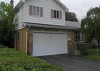 Casa en ejecución hipotecaria in Buffalo, NY, 14219,  E FRONTIER DR ID: A1664923