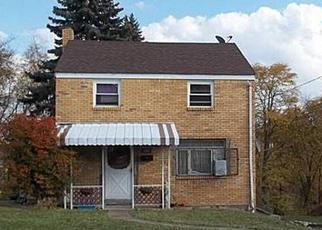Casa en ejecución hipotecaria in Pittsburgh, PA, 15227,  Cheston St ID: A1665796