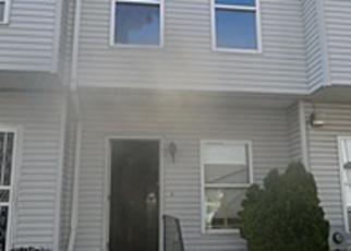 Casa en ejecución hipotecaria in Hempstead, NY, 11550,  HENRY ST ID: A1666651