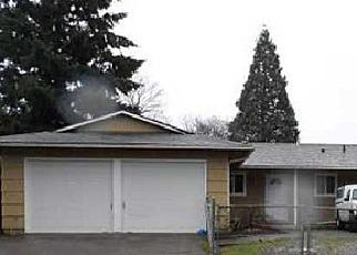 Casa en ejecución hipotecaria in Portland, OR, 97230,  NE COUCH ST ID: A1676147