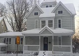 Casa en ejecución hipotecaria in Holyoke, MA, 01040,  SARGEANT ST ID: F1399225