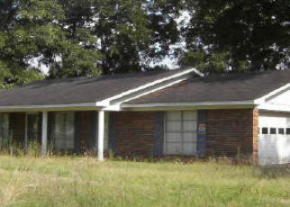 Foreclosure Home in Clanton, AL, 35046,  COUNTY ROAD 28 ID: F1551286