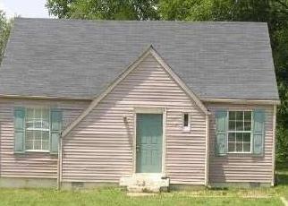 Casa en ejecución hipotecaria in Madison, TN, 37115,  NAWAKWA TRL ID: F1708441