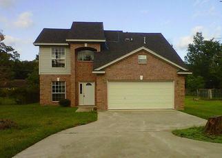 Casa en ejecución hipotecaria in Cleveland, TX, 77327,  WILLOW AVE ID: F1832945