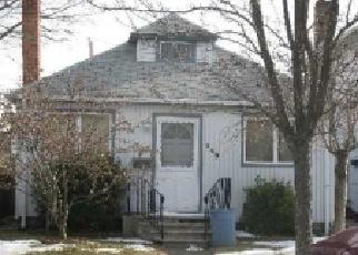 Casa en ejecución hipotecaria in Island Park, NY, 11558,  RADCLIFFE RD ID: F2045847