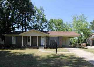 Foreclosure Home in Decatur, AL, 35601,  BELLEMEADE ST SW ID: F2141005