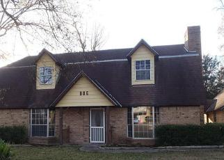 Casa en ejecución hipotecaria in Cleveland, TX, 77327,  DUNCAN AVE ID: F2438702