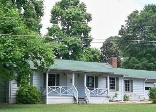 Casa en ejecución hipotecaria in Cornelia, GA, 30531,  BLACKBURN ST ID: F2702931