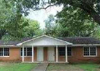 Foreclosure Home in Decatur, AL, 35601,  5th Ave Nw ID: F2821329