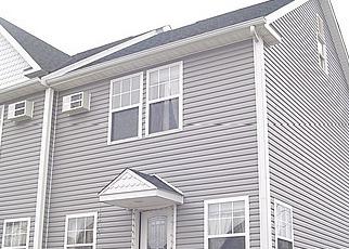 Casa en ejecución hipotecaria in Danbury, CT, 06810,  CROWN ST ID: F2864734