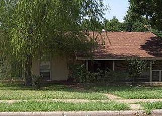Casa en ejecución hipotecaria in Irving, TX, 75062,  GLACIER ST ID: F2922716
