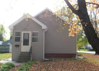 Casa en ejecución hipotecaria in Waterloo, IA, 50702,  HAWTHORNE AVE ID: F2939405