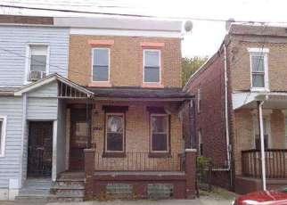 Casa en ejecución hipotecaria in Camden, NJ, 08104,  Liberty St ID: F2947372