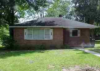 Foreclosure Home in Conway, SC, 29527,  EDGEWOOD CIR ID: F2947546