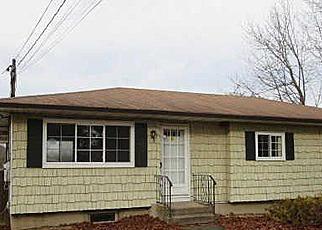 Casa en ejecución hipotecaria in Central Islip, NY, 11722,  NAPOLI ST ID: F3018498