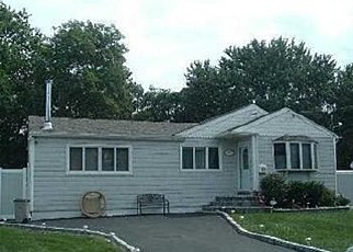 Foreclosure Home in Bay Shore, NY, 11706,  FAIRBANKS AVE ID: F3044372