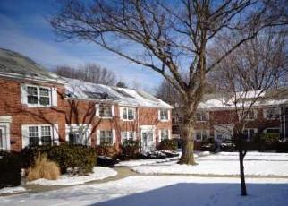 Casa en ejecución hipotecaria in Danbury, CT, 06811,  KOHANZA ST ID: F3047705