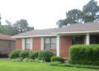Foreclosure Home in Decatur, AL, 35603,  DENISE DR SW ID: F3095605