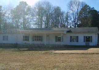 Foreclosure Home in Talladega, AL, 35160,  MOUNT OLIVE CIR ID: F3121464