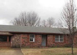 Foreclosure Home in Southaven, MS, 38671,  CHESTERFIELD DR ID: F3146068