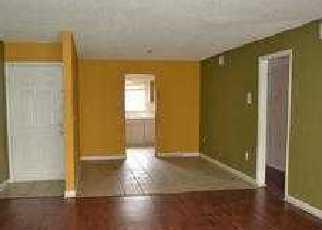 Casa en ejecución hipotecaria in Tampa, FL, 33615,  COCO VERDE ST ID: F3194353