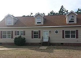 Casa en ejecución hipotecaria in Saint Pauls, NC, 28384,  E MCRAINEY RD ID: F3196159