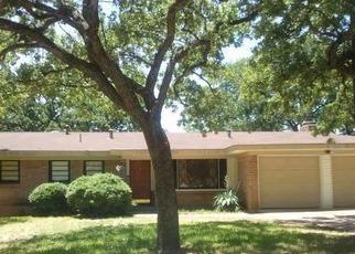 Casa en ejecución hipotecaria in Fort Worth, TX, 76112,  GRANTLAND CIR ID: F3199506