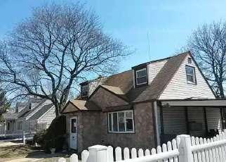 Casa en ejecución hipotecaria in Uniondale, NY, 11553,  LEE RD ID: F3200637