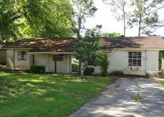 Foreclosure Home in Houma, LA, 70363,  PARIS LN ID: F3203140