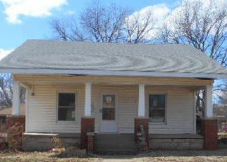 Foreclosure Home in Ponca City, OK, 74601,  S PALM ST ID: F3204004