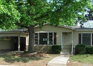 Casa en ejecución hipotecaria in Fort Worth, TX, 76112,  GREENLEE ST ID: F3204513