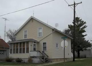 Casa en ejecución hipotecaria in Rochelle, IL, 61068,  MAIN ST ID: F3206295