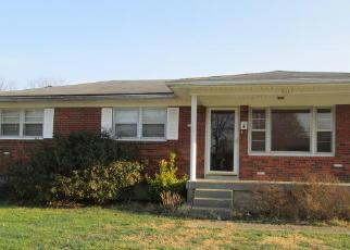 Casa en ejecución hipotecaria in Louisville, KY, 40214,  ATLANTA PKWY ID: F3207504