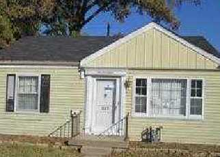 Foreclosure Home in Louisville, KY, 40214,  FREEMAN AVE ID: F3207546