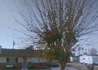 Casa en ejecución hipotecaria in Bakersfield, CA, 93307,  GREENFIELD PARK DR ID: F3226951