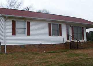 Casa en ejecución hipotecaria in Albemarle, NC, 28001,  POPLAR ST ID: F3249823