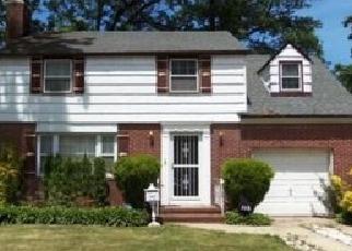 Casa en ejecución hipotecaria in Hempstead, NY, 11550,  CAROLINA AVE ID: F3257114