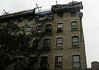 Casa en ejecución hipotecaria in New York, NY, 10029,  E 105TH ST ID: 6080930
