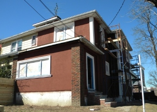 Casa en ejecución hipotecaria in East Elmhurst, NY, 11369,  29TH AVE ID: 6123904