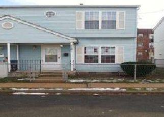 Casa en ejecución hipotecaria in Trenton, NJ, 08609,  EUCLID AVE ID: 6174214