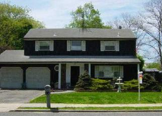 Casa en ejecución hipotecaria in Central Islip, NY, 11722,  CONE AVE ID: 6179693