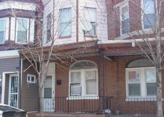 Casa en ejecución hipotecaria in Camden, NJ, 08104,  S 6TH ST ID: 6184205