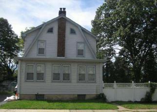 Casa en ejecución hipotecaria in Trenton, NJ, 08618,  STACEY AVE ID: 6184533