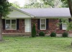 Foreclosed Home en GLORIA DR, Shelbyville, KY - 40065