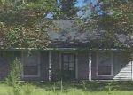 Foreclosed Home in LOUIS AVE, Denham Springs, LA - 70706