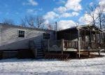 Foreclosed Home en PLUM LN, Dingmans Ferry, PA - 18328