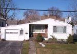 Foreclosed Home en LILLIAN AVE, Syracuse, NY - 13206