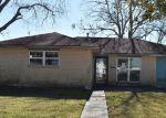 Foreclosed Home en MOUNT KENNEDY DR, Marrero, LA - 70072